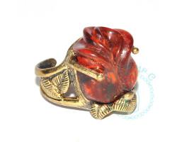 Кольцо Розочка бутон янтарь-латунь