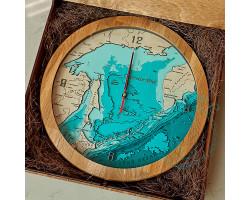 Часы Сахалинская область D 30см многослойные под стеклом