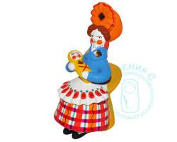 Барыня на кресле с лялькой 1 Дымка